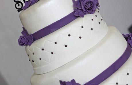 taarttoppers_het_suikerhuys_video_sweettable_bruidstaart_cupcakes_donuts_cakepops-7